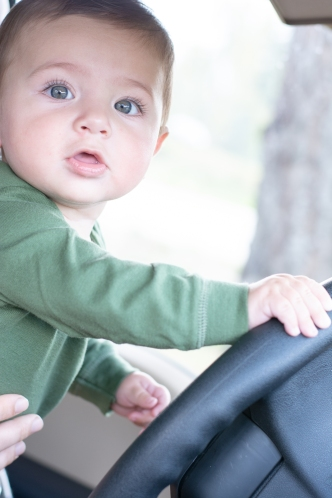 baby_driving_02